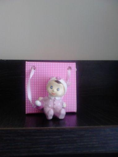 Бебенце от полирезин-розово