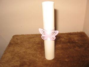 Покана свитък с пеперуда от хартия-мин.количество 10 бр.