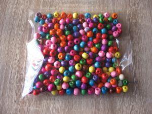 Дървени топчета-различни цветове-мин.количество 1 пакет