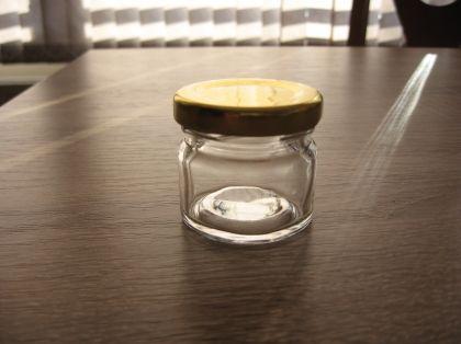 Бурканче-30 ml. с капачка
