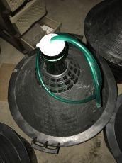 Гумена тапа за ферментация с мъркуч за дамаджани от 54л.
