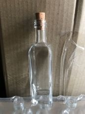 Мини квадратна бутилка 60мл.  с коркова тапа